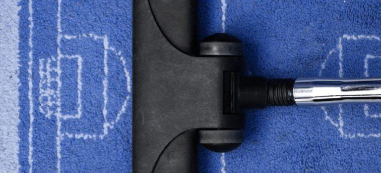 Teppich reinigen mit Sprühextraktionsgerät